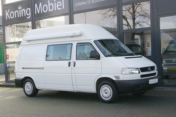 Volkswagen T4 2.5 TDI Hoogdakcamper – Groot bed –  2002 – NIEUW BINNEN